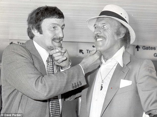 Jimmy Hill and Bruce Forsyth comparing chins