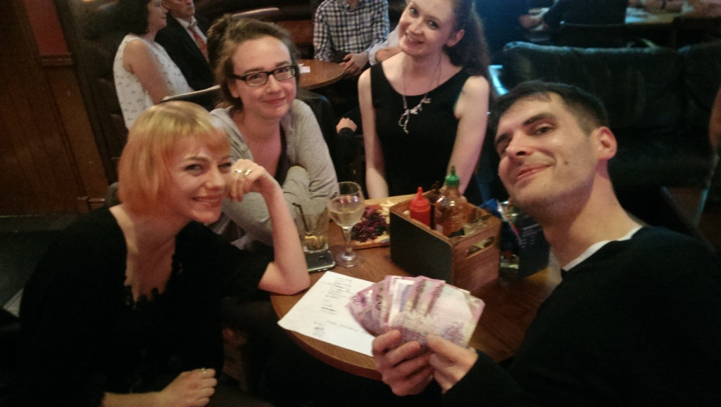 Spare A Quiz For The Bus Win £200